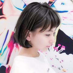 レイヤーボブ ハイライト パーマ 小顔 ヘアスタイルや髪型の写真・画像