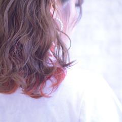 フェミニン オレンジカラー ミディアム アプリコットオレンジ ヘアスタイルや髪型の写真・画像