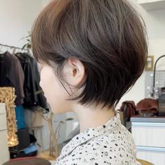 ショートヘア 切りっぱなしボブ ショート ウルフカット ヘアスタイルや髪型の写真・画像