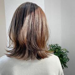 ベージュカラー 外国人風カラー オリーブグレージュ セミロング ヘアスタイルや髪型の写真・画像