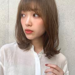 小顔ヘア 透明感カラー ナチュラル 鎖骨ミディアム ヘアスタイルや髪型の写真・画像