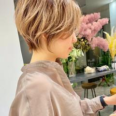ショート 切りっぱなしボブ ショートヘア ベリーショート ヘアスタイルや髪型の写真・画像