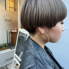 マッシュヘア 刈り上げ女子 刈り上げ ショートマッシュ ヘアスタイルや髪型の写真・画像