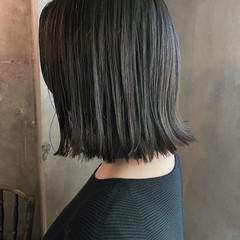 マットグレージュ ボブ アッシュグレージュ オリーブアッシュ ヘアスタイルや髪型の写真・画像