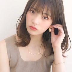 ミディアム 毛先パーマ ナチュラル デジタルパーマ ヘアスタイルや髪型の写真・画像
