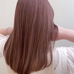 セミロング ナチュラル ピンクラベンダー ピンクアッシュ ヘアスタイルや髪型の写真・画像