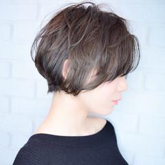 フェミニン ショート 小顔ショート 前下がりショート ヘアスタイルや髪型の写真・画像