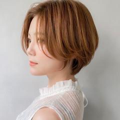 透明感カラー 丸みショート グレージュ ミルクティーグレージュ ヘアスタイルや髪型の写真・画像