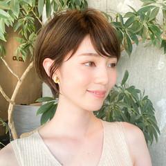 大人ショート ナチュラル 丸みショート ショートヘア ヘアスタイルや髪型の写真・画像