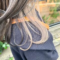 ハイトーンカラー ロング ミルクティーベージュ ガーリー ヘアスタイルや髪型の写真・画像