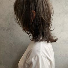 くびれボブ ニュアンスウルフ ミディアム ウルフカット ヘアスタイルや髪型の写真・画像
