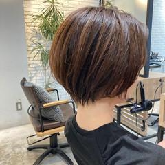ウルフカット レイヤースタイル ひし形シルエット ゆるふわ ヘアスタイルや髪型の写真・画像