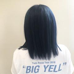 ブルー セミロング ダブルカラー ターコイズブルー ヘアスタイルや髪型の写真・画像