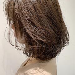 アンニュイほつれヘア ブランジュ ミディアム ナチュラル ヘアスタイルや髪型の写真・画像