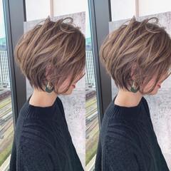 ショートヘア 大人ショート ハンサムショート ナチュラル ヘアスタイルや髪型の写真・画像