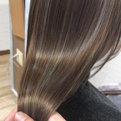 艶髪 髪質改善 ストレート ナチュラル ヘアスタイルや髪型の写真・画像