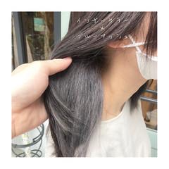 ナチュラル ツヤ髪 ダークアッシュ インナーカラー ヘアスタイルや髪型の写真・画像