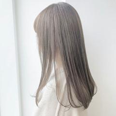 ナチュラル ミルクティーベージュ ヌーディベージュ セミロング ヘアスタイルや髪型の写真・画像