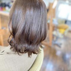 イルミナカラー ミルクティー ミディアム 透明感カラー ヘアスタイルや髪型の写真・画像