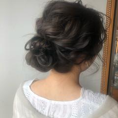 ナチュラル ロング 結婚式ヘアアレンジ お団子ヘア ヘアスタイルや髪型の写真・画像
