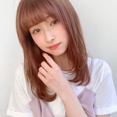小顔ヘア 透明感カラー デジタルパーマ 鎖骨ミディアム ヘアスタイルや髪型の写真・画像