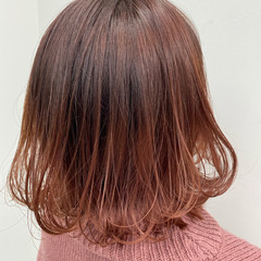 ロング デート フェミニン 切りっぱなしボブ ヘアスタイルや髪型の写真・画像