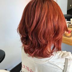 ミディアム ガーリー ミディアムヘアー ブリーチカラー ヘアスタイルや髪型の写真・画像
