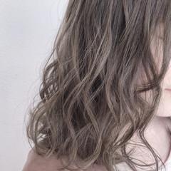 ミディアム 外国人風カラー フェミニン 透明感 ヘアスタイルや髪型の写真・画像