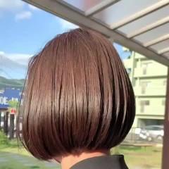 ナチュラル 大人グラボブ 前下がりボブ 前下がりヘア ヘアスタイルや髪型の写真・画像