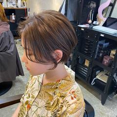 極細ハイライト グレージュ こなれ感 ショート ヘアスタイルや髪型の写真・画像