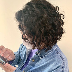 ボブ パーマ スパイラルパーマ ミニボブ ヘアスタイルや髪型の写真・画像