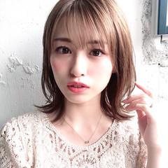 ミディアム デジタルパーマ アンニュイほつれヘア 大人かわいい ヘアスタイルや髪型の写真・画像
