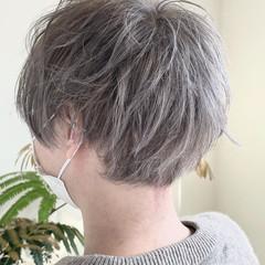 ダブルブリーチ シルバーグレー メンズカット シルバー ヘアスタイルや髪型の写真・画像