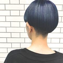 ミニボブ ブルーブラック ボブ ネイビーブルー ヘアスタイルや髪型の写真・画像