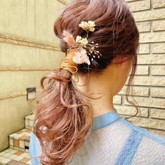結婚式ヘアアレンジ ふわふわヘアアレンジ フェミニン ヘアアレンジ ヘアスタイルや髪型の写真・画像