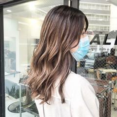 外国人風カラー バレイヤージュ グラデーションカラー ハイライト ヘアスタイルや髪型の写真・画像