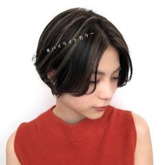 暗髪 大人かわいい アンニュイほつれヘア ハイライト ヘアスタイルや髪型の写真・画像