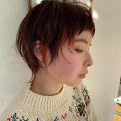 ナチュラル ショート インナーカラー ウルフカット ヘアスタイルや髪型の写真・画像