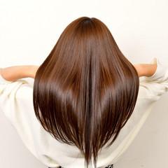 ナチュラル 髪質改善 ツヤ髪 サラサラ ヘアスタイルや髪型の写真・画像