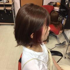 ショートヘア モード インナーピンク ミディアム ヘアスタイルや髪型の写真・画像