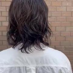 パーマボブ ミディアム アッシュグレージュ パーマ ヘアスタイルや髪型の写真・画像