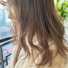 ヌーディベージュ ベージュ ミルクティーベージュ アッシュベージュ ヘアスタイルや髪型の写真・画像
