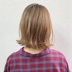 ミルクティー ボブ グラデーションカラー ショートボブ ヘアスタイルや髪型の写真・画像