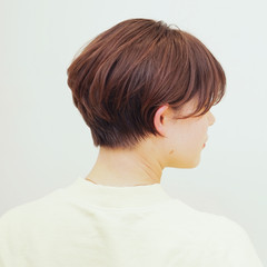 ショートヘア ショート ナチュラル ハンサムショート ヘアスタイルや髪型の写真・画像
