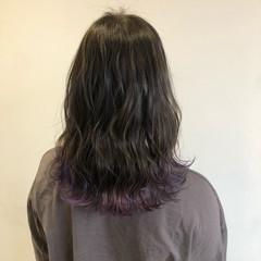 セミロング フェミニン 裾カラー ブリーチ ヘアスタイルや髪型の写真・画像