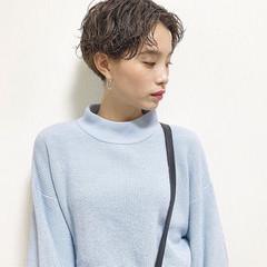 女子力 オフィス ショート 簡単ヘアアレンジ ヘアスタイルや髪型の写真・画像