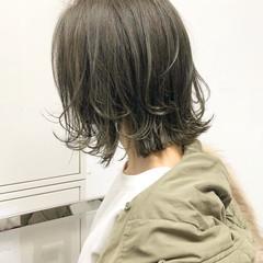 アンニュイほつれヘア パーマ ヘアアレンジ 切りっぱなし ヘアスタイルや髪型の写真・画像