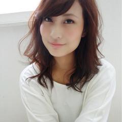 ミディアム ゆるふわ 女子力 フェミニン ヘアスタイルや髪型の写真・画像