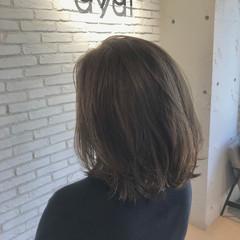 ナチュラル ミディアム ミディアムヘアー ミディアムレイヤー ヘアスタイルや髪型の写真・画像