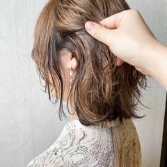 くせ毛風 小顔ヘア モード ウルフカット ヘアスタイルや髪型の写真・画像